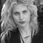 La Rochelle  Diane Goldstein créatrice styliste April May 150x150 photo  Lange blond
