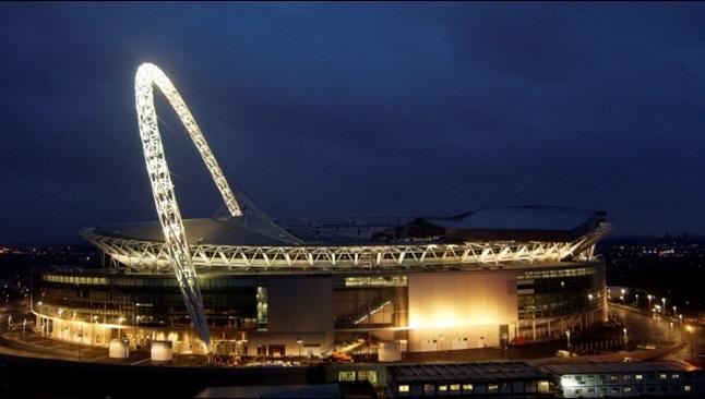 Stade Wembley de nuit
