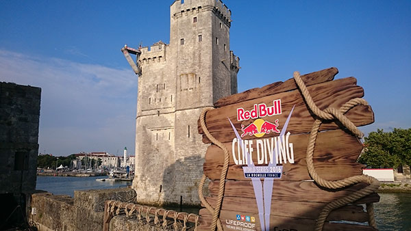 Le Red Bull Cliff Diving revient faire étape à La Rochelle